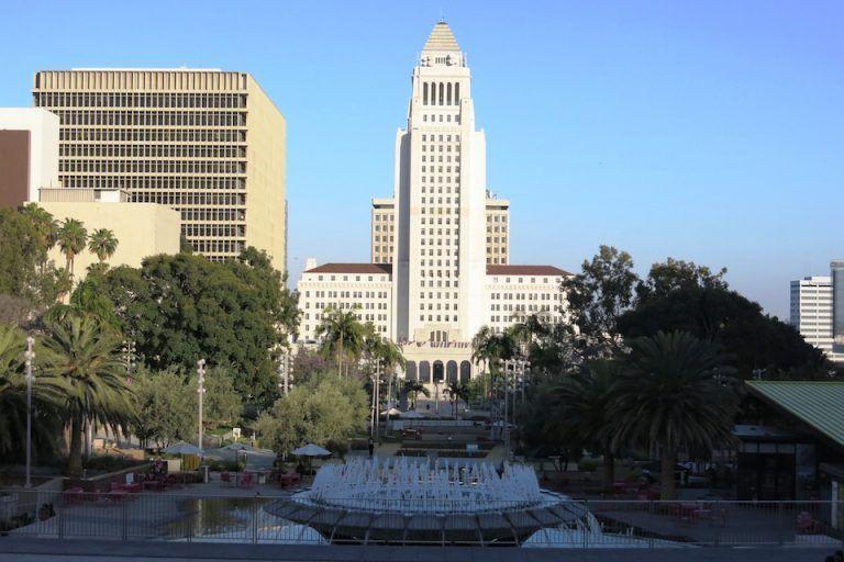 QUE-VER-EN-LOS-ANGELES-DOWNTOWN-CITY-HALL