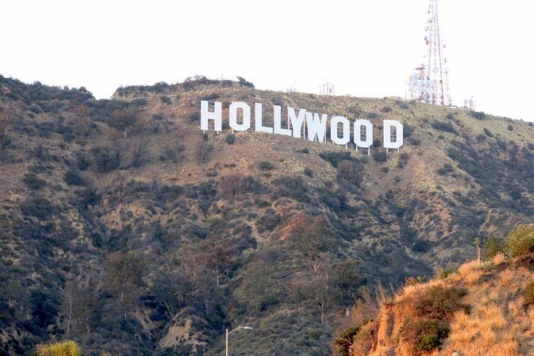 UE-VER-EN-LOS-ANGELES-HOLLYWOOD-SIGN