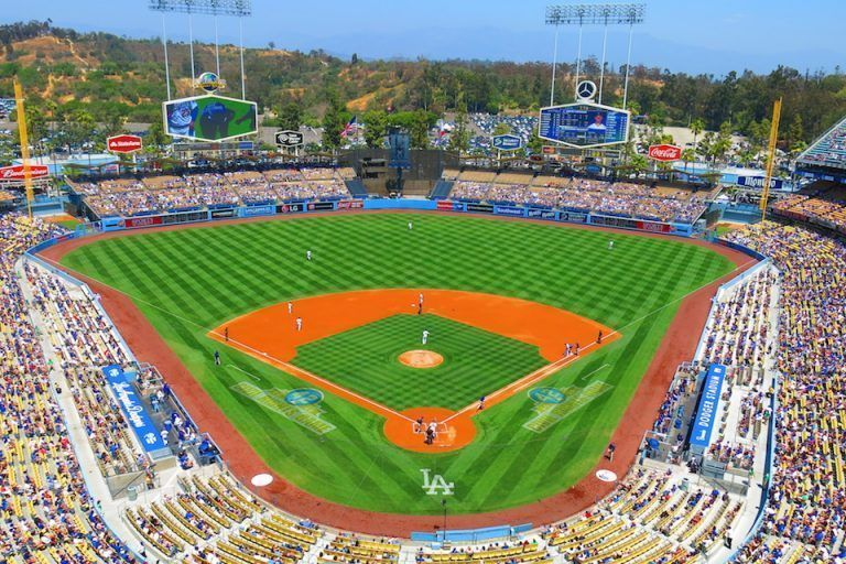 QUE-VER-EN-LOS-ANGELES-PARTIDO-BASEBALL-DODGERS