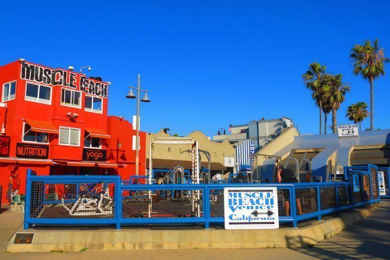 QUE-VER-EN-LOS-ANGELES-VENICE-BEACH-MUSCLE-BEACH